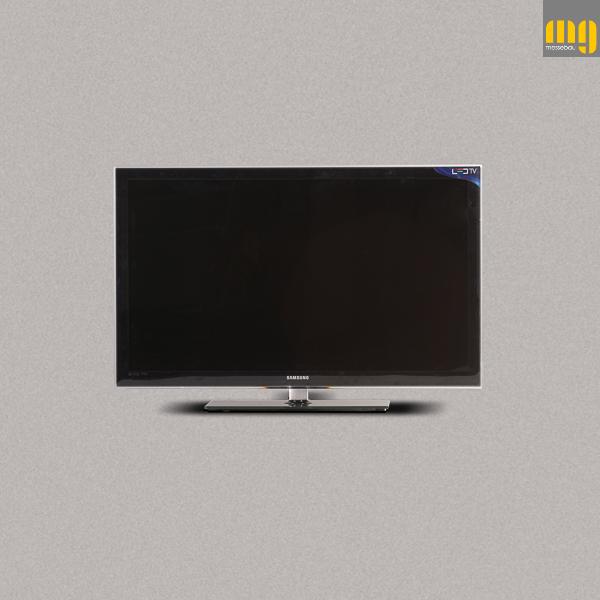 Monitor 40